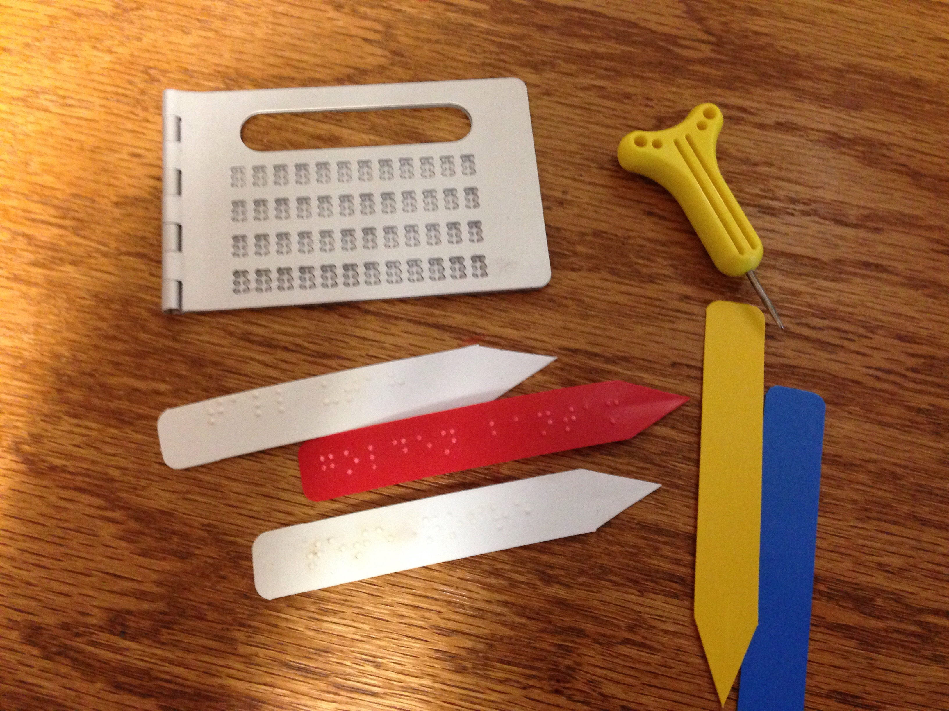 How to make brail labels for plants – The Blind Gardener